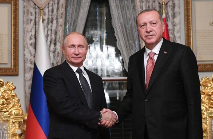 """Удар по Україні: Кому насправді загрожують """"Турецькі потоки"""""""