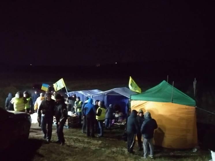 """""""Євробляхери"""" призупиняють акцію протесту і розблоковують дороги (ОНОВЛЕНО)"""