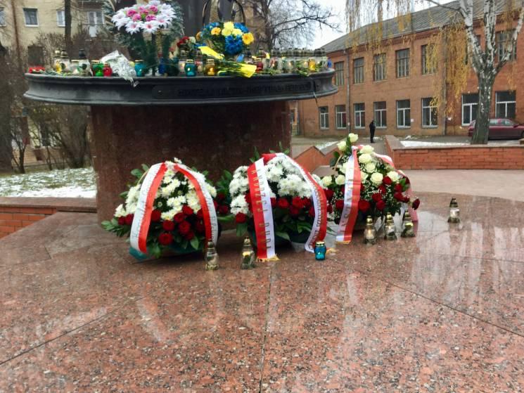 У Хмельницькому українці та поляки вшану…