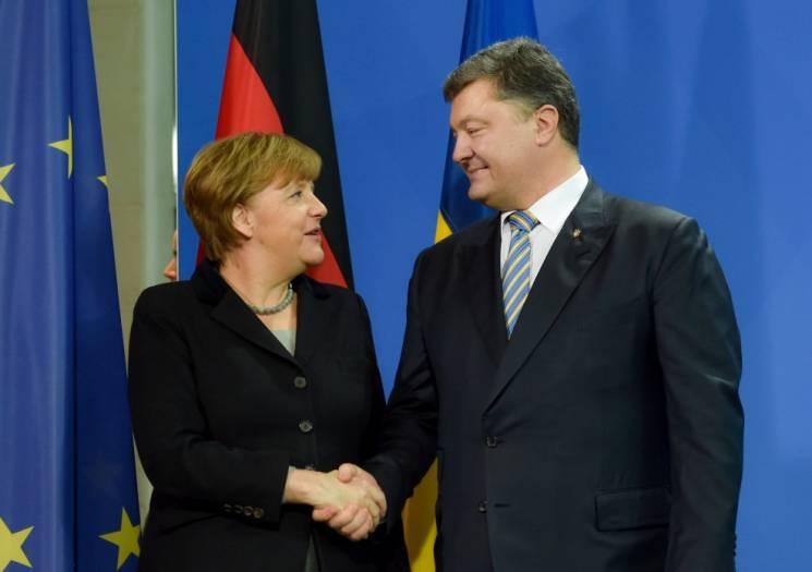 Порошенко зателефонував Меркель. Вона по…