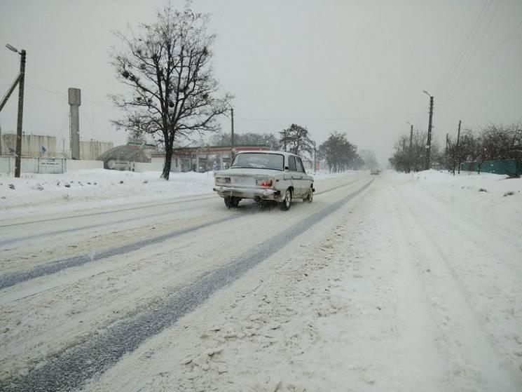 Дорожники Полтавщини пообіцяли, що цьогорічна зима пройде без транспортного колапсу