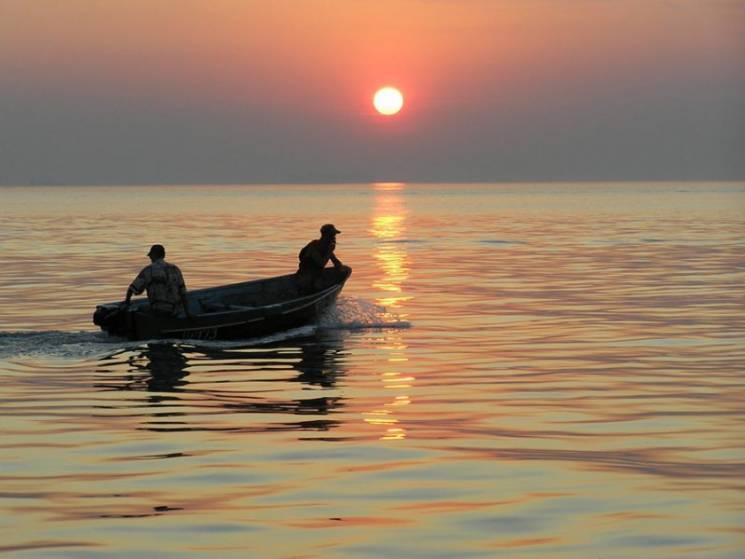 Українським рибалкам на Азові рекомендую…