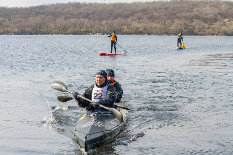 Запорізькі веслувальники зустрінуть зиму 100-кілометровим марафоном (ФОТО)