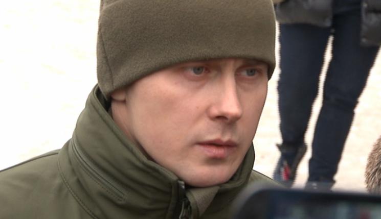 Лежить у калюжі крові: У мережі показали, як били Ширяєва та його приятеля (ВІДЕО)