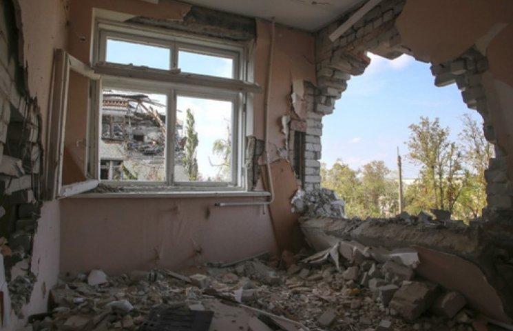 В боях на Донетчине разрушены более 4500 домов – СНБО