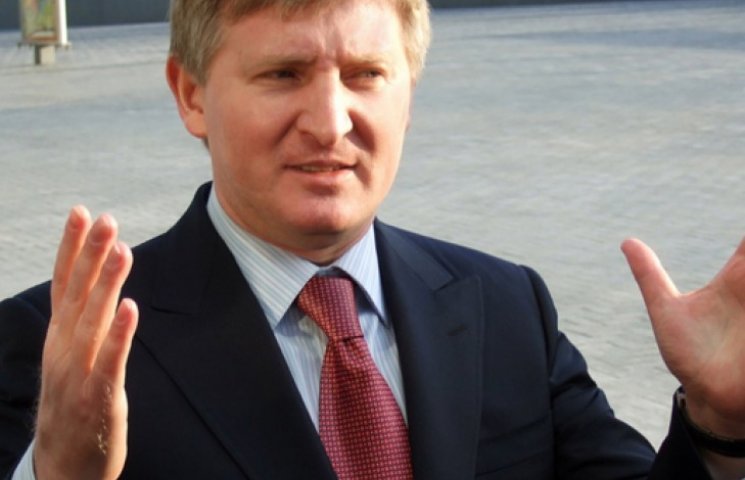 Ахметов собрался возить в Украину уголь из России