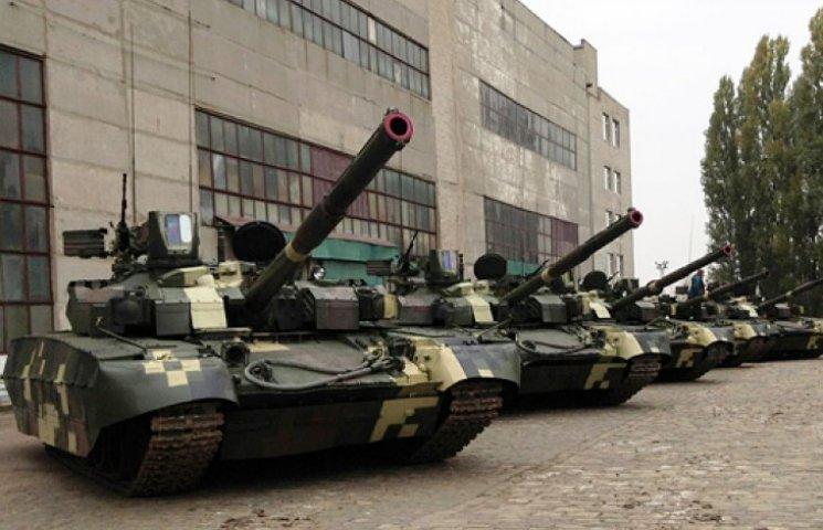 У Харкові чекають на Порошенка: завтра президенту хочуть показати танки «Оплот»