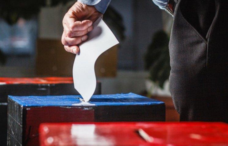Терористи не проведуть на захоплених територіях свої вибори - Порошенко