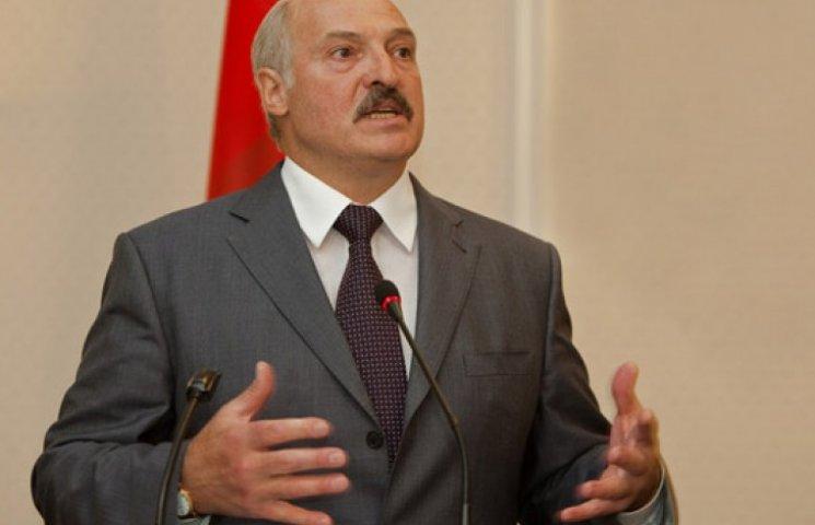 Лукашенко: «ДНР» і «ЛНР» існують тільки завдяки Росії