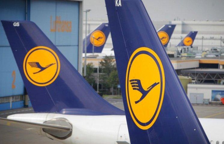 Авиакомпания Lufthansa отменила сегодняшние рейсы в Киев