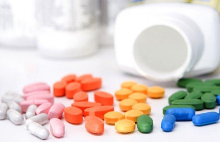 Минздрав пока не закупил и половины необходимых лекарств