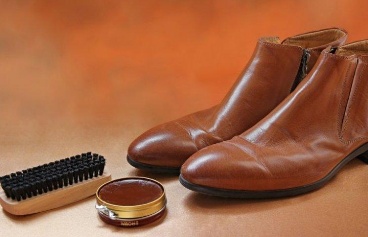 5d4c423f4bb0f7 Як правильно чистити взуття: шкіра, замша, лак