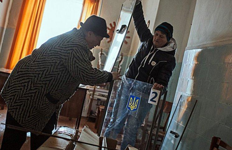 Одесские любители России портят бюллетени и ищут в них Путина