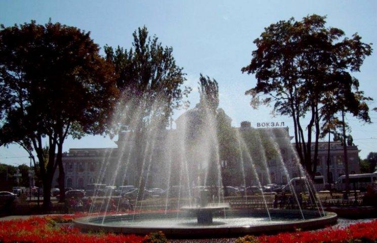 Одеські фонтани готують до зими