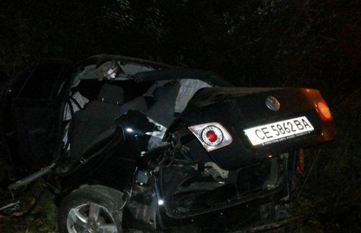 У Львові вночі у ДТП загинув водій, а його пасажирку доставили до реанімації