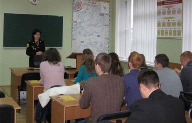 Підполковник ДСНС тренуватиме майбутніх полісменів Хмельниччини