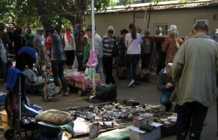 Ринок стихійної торговлі в Одесі лишається непоміченим