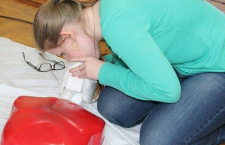 Стати медичним волонтером можна у вінницькому медунівері