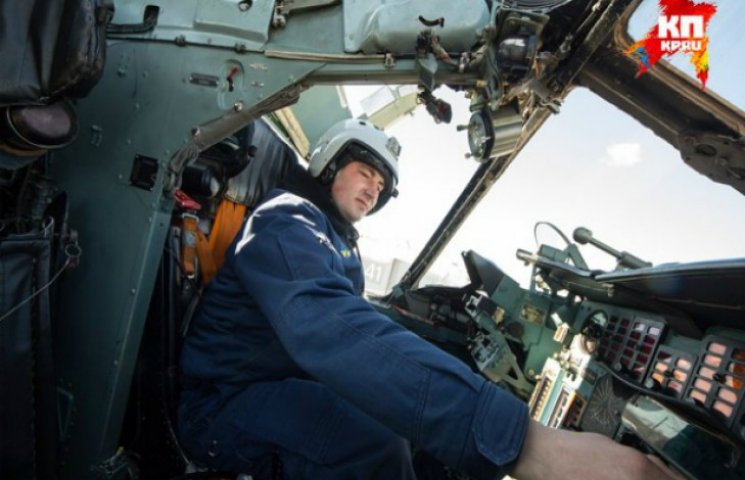 """""""Миротворец"""" опубликовал фото российского пилота, который бомбил Сирию"""