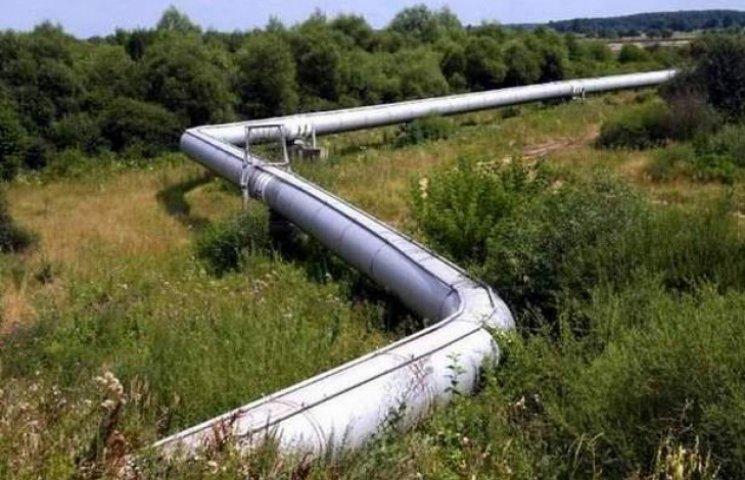 На Полтавщині стався розрив газової труби, струмінь газу сягає 10 метрів