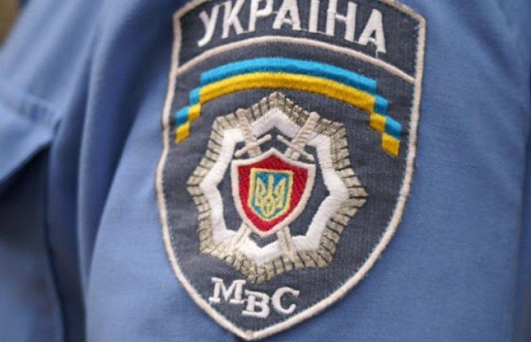 Одеські правоохоронці спільно з громадянами затримали крадіїв відеокамер