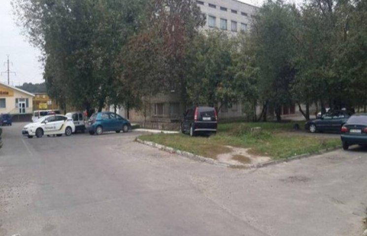 У Львові може вибухнути автомобіль