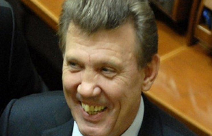 Ківалов залишається кандидатом в мери Одеси, - КВУ