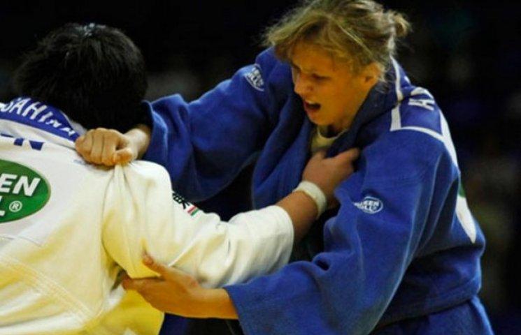 Полтавка стала чемпіонкою з дзюдо серед юніорів, молоді та жінок