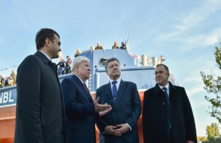 Порошенко: Задача власти - восстановить речной флот в Украине