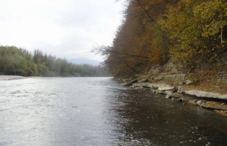 На закарпатських річках підвищується рів…