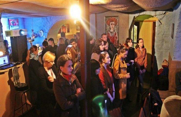 В Одесі відкрилась персональна виставка художника - бійця АТО