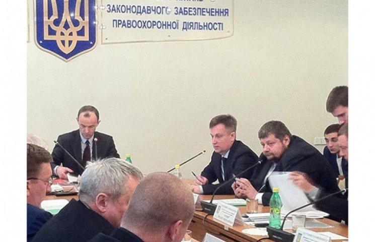 """Мосийчук """"подписался"""" за Наливайченко: Шокин получил документы о Суркове"""
