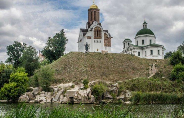 Фотограф показав мальовничу Україну в серії знімків: Від Карпат до Білої Церкви
