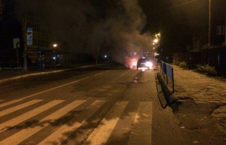 У Львові загорілось таксі