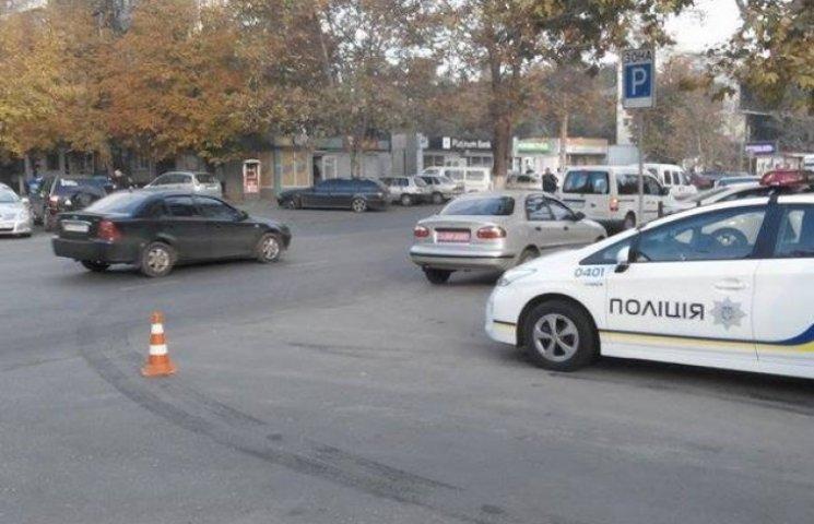 """Нова поліція Одеси доглядає за роботою """"старих ДАІшників"""""""
