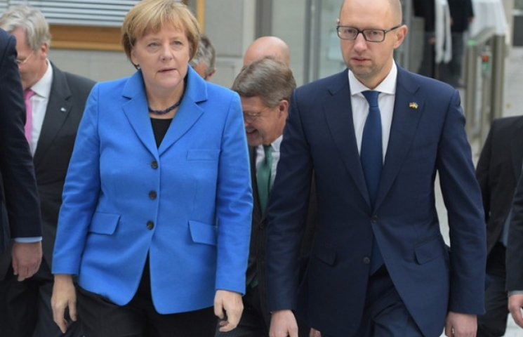 "Как Меркель размазала Яценюка ""паркетом"""