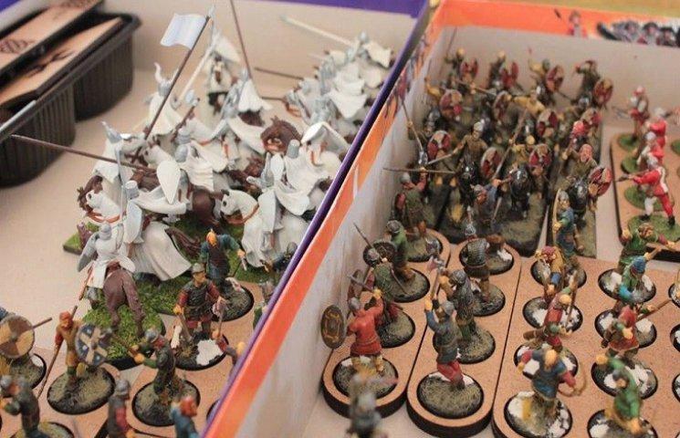 В Меджибоже начались рыцарские турниры. Реальные и виртуальные