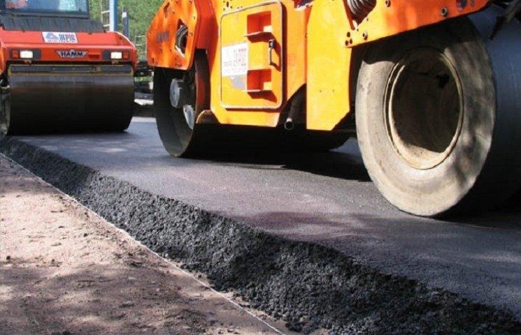 До кінця року дороги Хмельниччини ремонтуватимуть за 31 мільйон гривень