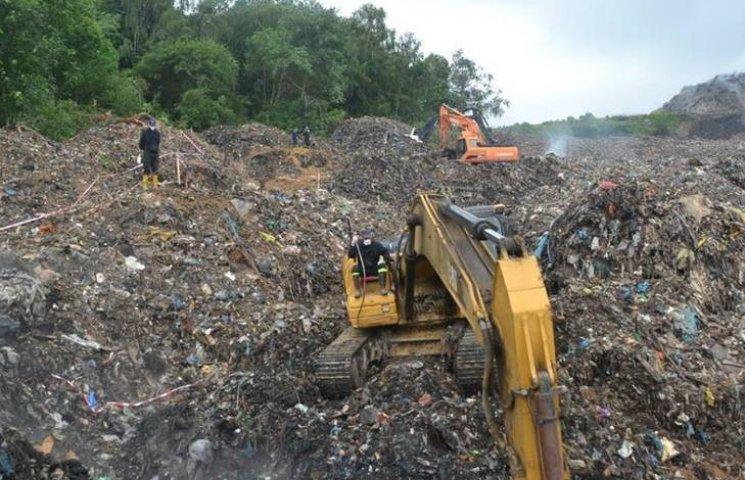 Поліція шукає винних у перевезенні на Вінниччину сміття від Садового