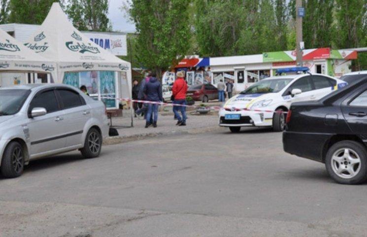 Миколаївського екс-патрульного судитимуть за стрілянину на ґрунті ревнощів