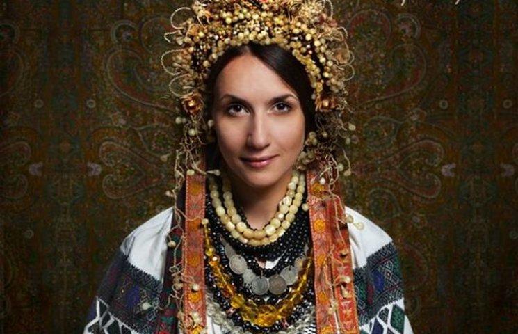 Народознавці показали, як одягалися вінницькі наречені сто років тому