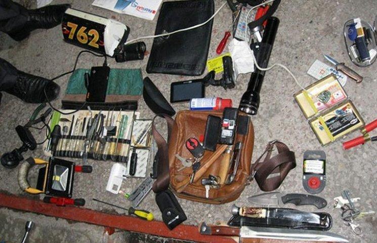 У Гайсині затримали банду квартирних злодіїв з Одещини
