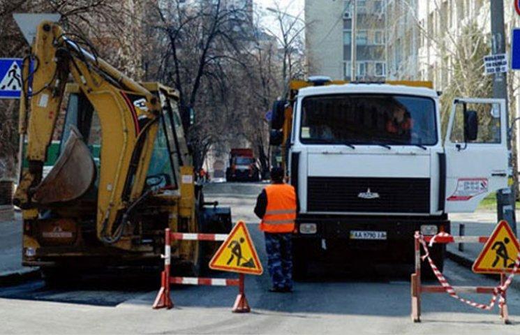 У Мелітополі відремонтували майже кілометр каналізаційного колектора