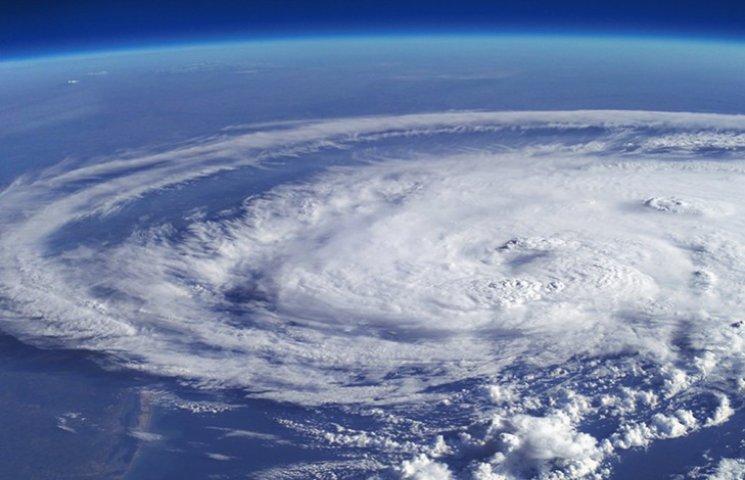 """Брати """"Метью"""": ТОП-7 найстрашніших ураганів останнього століття"""