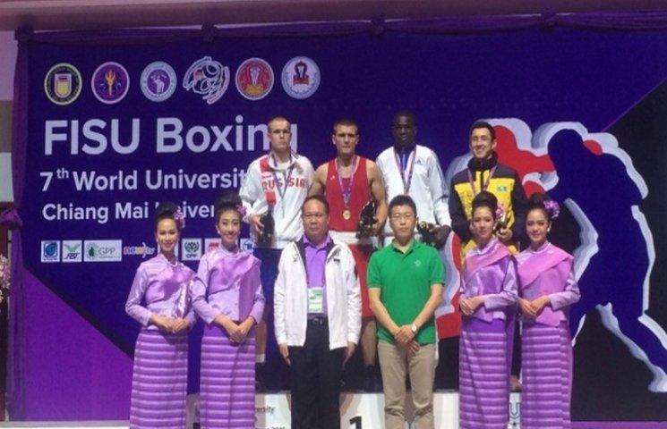 Хмельничанин стал чемпионом мира по боксу, победив россиянина
