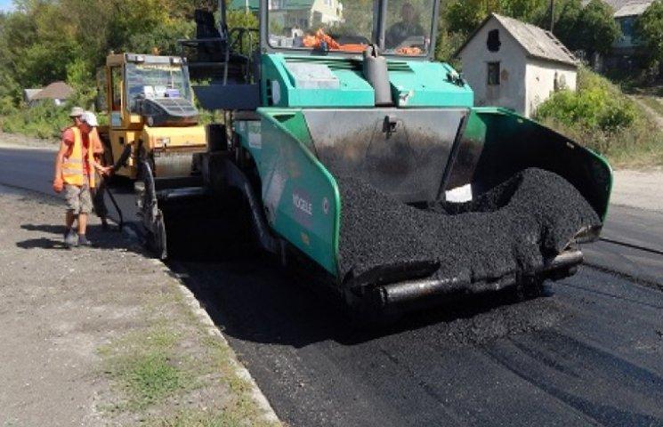 На Хмельниччині цьогоріч відремонтували 28 кілометрів доріг