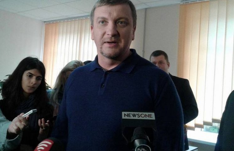 Украинцы должны заниматься любовью и рожать, - министр Петренко