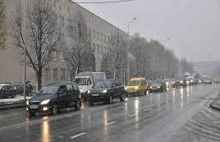 На Хмельниччині негода знеструмила 20 населених пунктів
