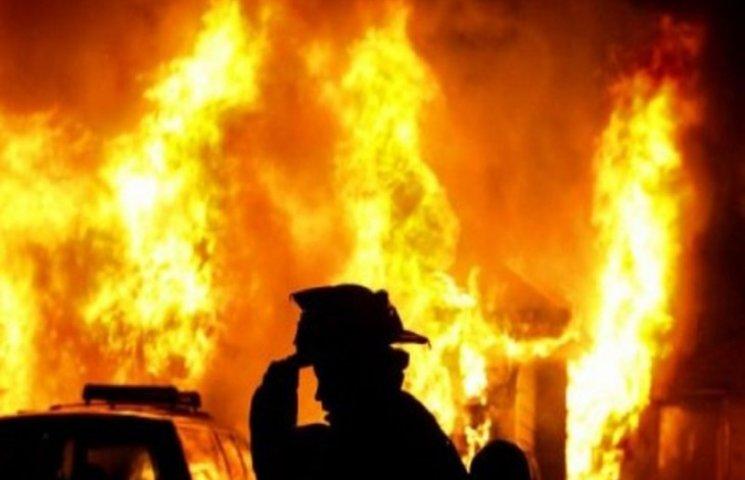 На Хмельниччині згоріли двоє людей