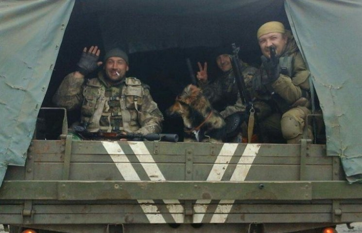 Чем занимаются на Донбассе лучшие друзья бойцов АТО - 9